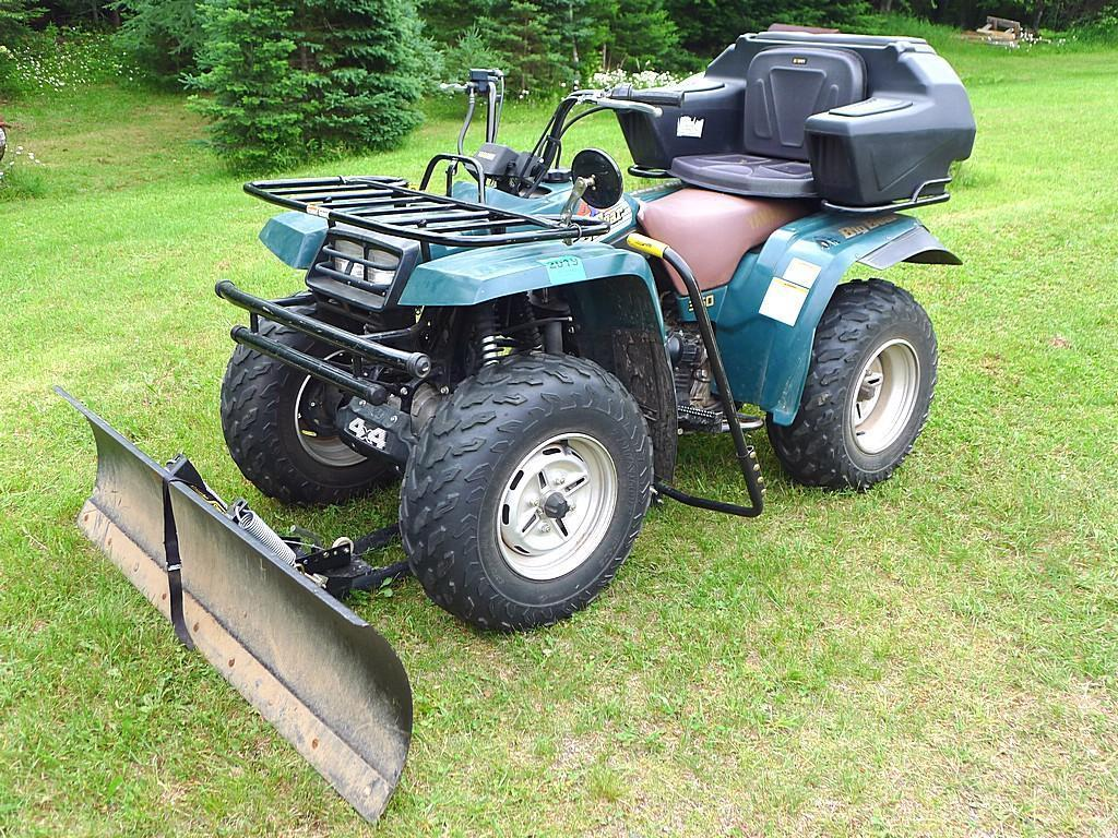 Watch the Video!  Yamaha Big Bear 350 ATV with Cycle Country plow and passenger seat/ storage.