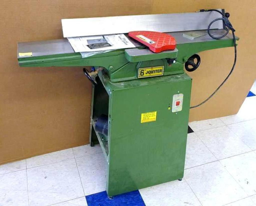 Central Machinery 6 Deluxe Hand Jointer With 1 Hp Motor On Metal Stand Model