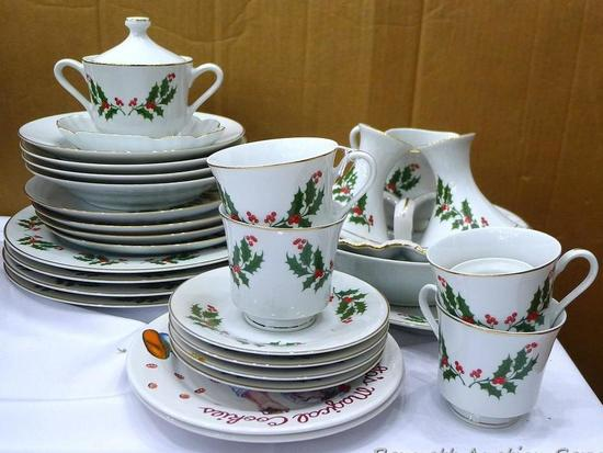 Set of 4 holliday china dishes plus serving platters, candlestick holders, more.