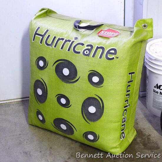 "Hurricane bow target. Stops all field points shot from speed bows and cross bows. 21"" x 12"" x 24""."