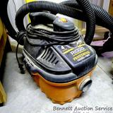 Ridgid 4 gallon 5 HP Wet/Dry Vac Model WD4050 comes with owners manual and hose. Runs.