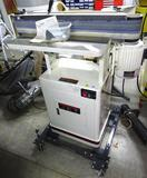 Jet Oscillating Edge Sander model OES-80CS. Has 1-1/2 HP motor. Comes on a Shop