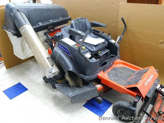 """Simplicity ZT2000 Series zero turn lawn mower is a high-end model with power deck. 42"""" mowing deck,"""