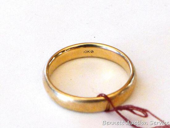 10K gold men's ring weighs 7.3 grams. Band is size 12-3/4 and has nice rounded edges for comfort