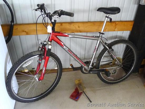 """Schwinn Frontier FS 21 speed 26"""" bicycle with Grip Shift. Includes new kick stand and Master Lock 4'"""
