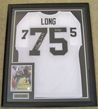 Framed Howie Long #75 HOF '00 Autographed Oakland Raiders White Jersey with Signed 8x10 Photo, COA