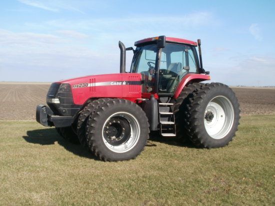2004 Case IH MX230 Tractor