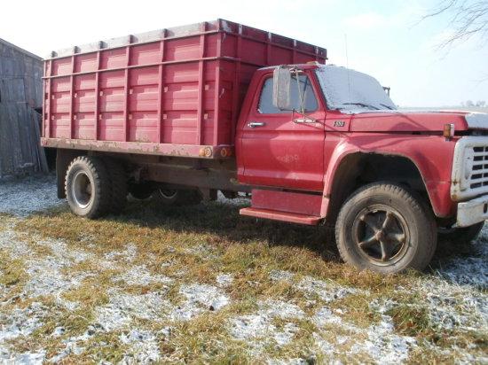 77 F600 Grain Truck