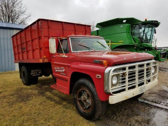 Ford F600 Grain Truck
