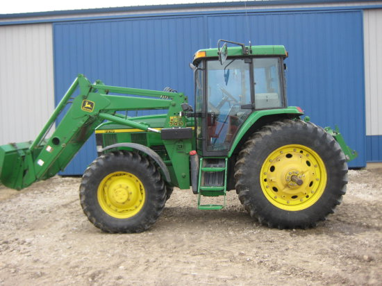 2002 JD 7210 MFWD Tractor