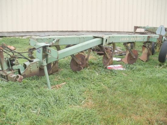 JD 2700 5 bottom plow
