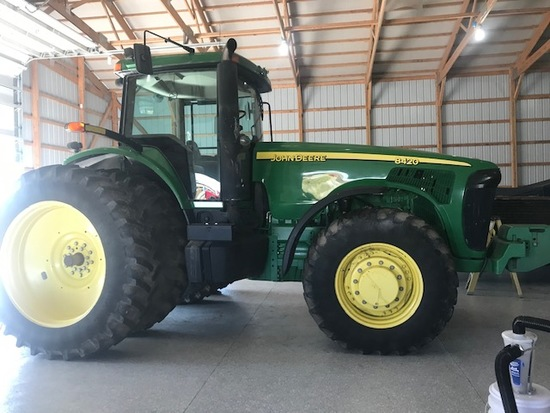 JD 8420 MFWD tractor