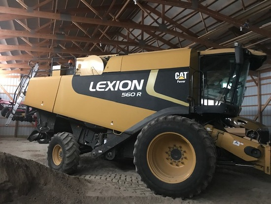 Cat Lexion 560R Combine
