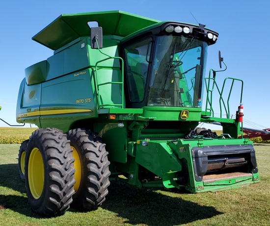 Harbarger Closing Out Farm Equipment Auction