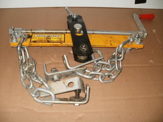 Engine Hoist Leveler