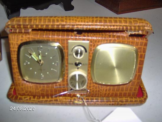Kenton Travel clock w/alarm