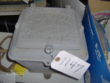 Hayes Jr Planter Box