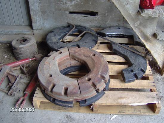 IH split wheel weights