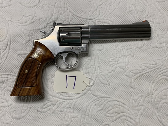 Smith and Wesson Model 686-3 Revolver