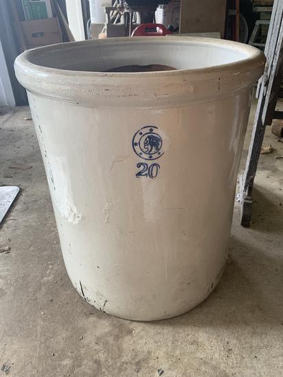 20 Gallon Crock