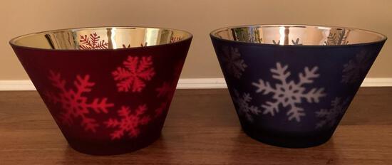 Christmas Bowls w/Snowflake Design
