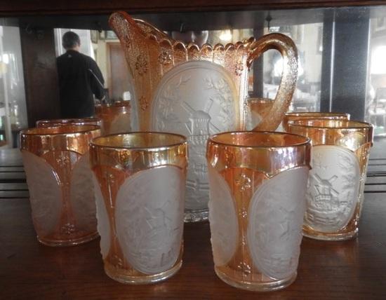 Marigold Carnival w/ pitcher & 6 glasses