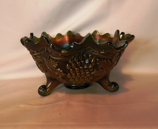 Footed emerald green Carnival bowl
