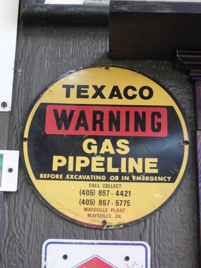 "Texaco Gas Pipeline Warning sign, SST, 12"""