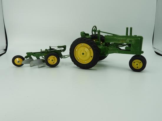 2 pc - cast John Deere narrow front tractor