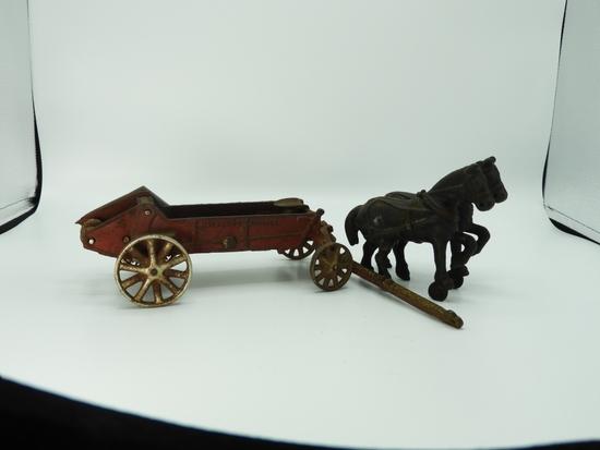 Arcade cast iron manure spreader