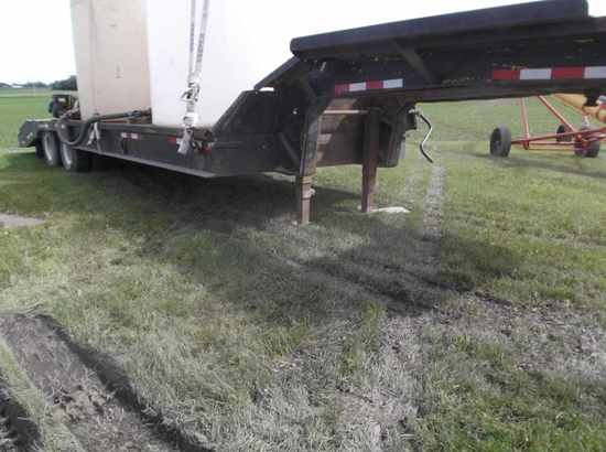 Lacrosse Semi Drop-Deck Trailer