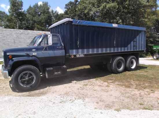 1985 Chevy C70 Grain Truck