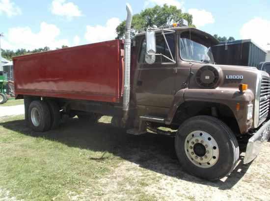 1996 Ford L8000 Grain Truck