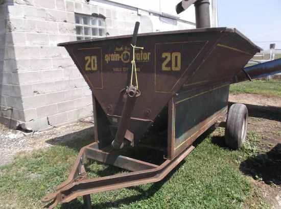 Grain-O-Vater Feed Wagon