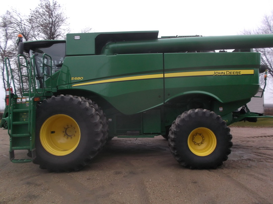Farm Machinery and Equipment Auction
