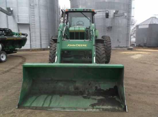 John Deere 7700 Tractor