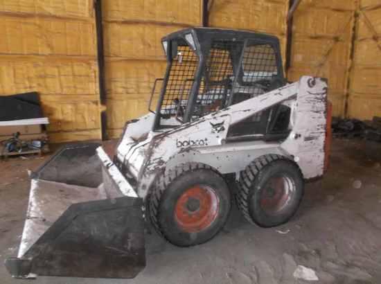 Bobcat 753 Skidloader