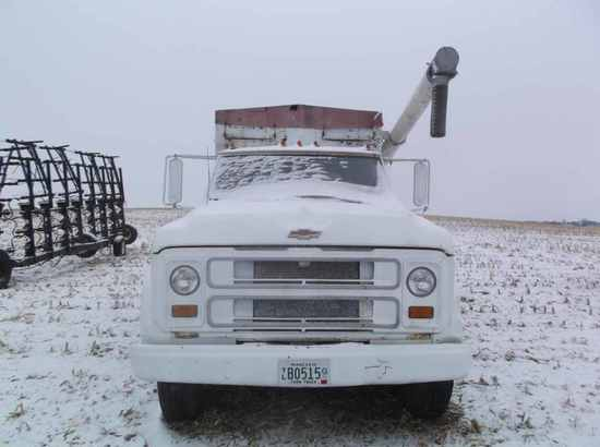 1968 Chevrolet C-50 Feed Truck
