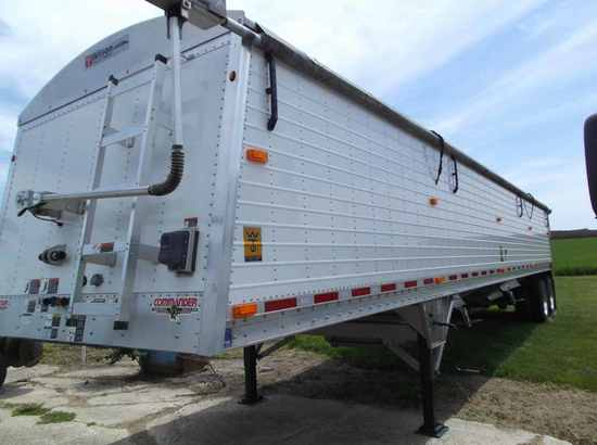 2012 Wilson Commander Grain Trailer
