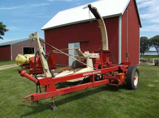 Hesston 2000-150 Forage Chopper
