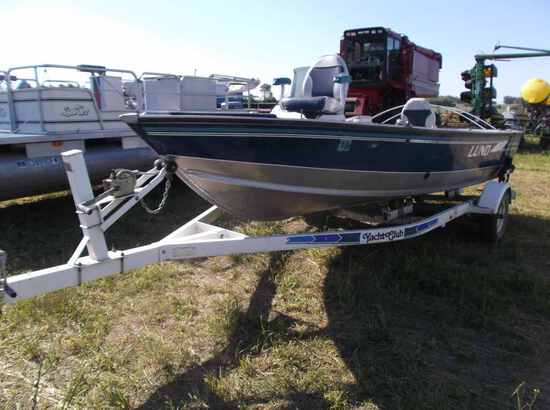 1996 Lund 1700 Pro Angler Deluxe Boat
