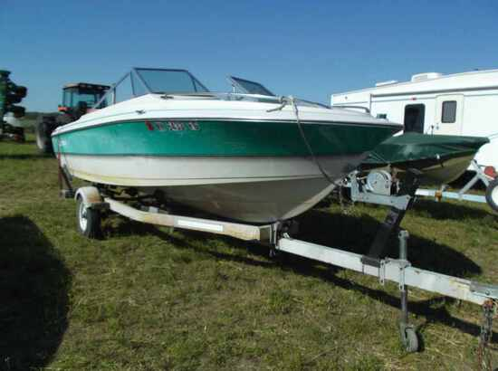 1988 Larson Boat