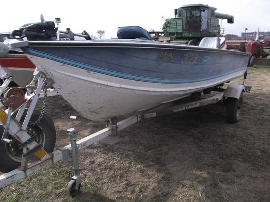 1981 Smoker Craft Boat