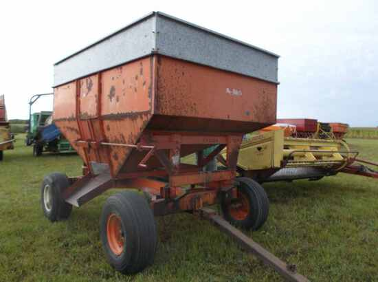 Nu-Bilt Co. Gravity Wagon