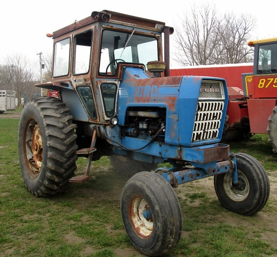 1969 Ford 8600 2WD Cab Tractor