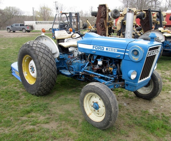 1980's Ford 3600 2WD Tractor