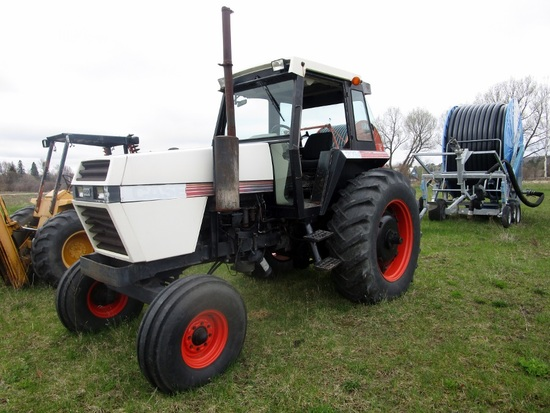 Case 2094 2WD Cab Tractor