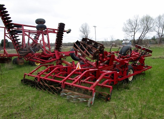 17' Kongskilde Cultivator Leveler with Wings