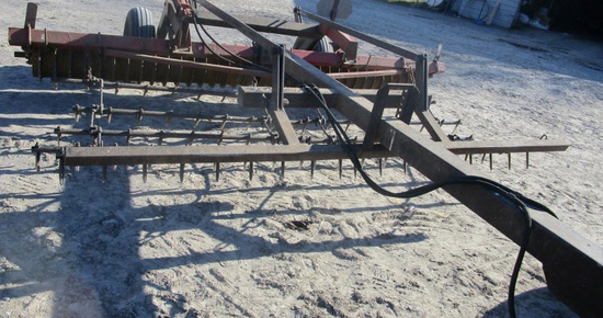Farmhand Hydraulic 12' Sprocket Packer!