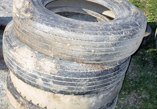 Set of 4 - 11.R22.5 Tires!